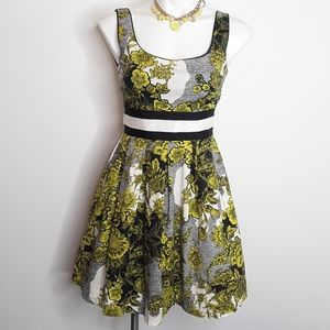 Anthropologie Sleeveless Floral Fit Flare Dress XS